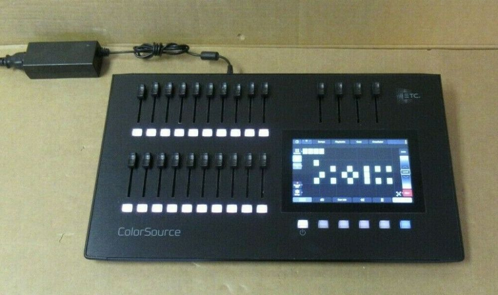 ETC ColorSource 20 CS20 7225A1000 40 Channel 20 Fader DMX512 Lighting Console